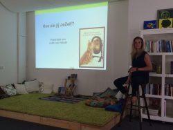 Judith van Helvoirt in het Ouder en Kind Centrum Helmond